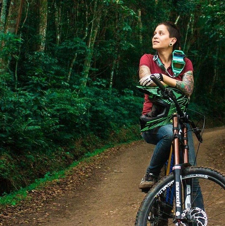 Luana Oliveira mulheres no downhill