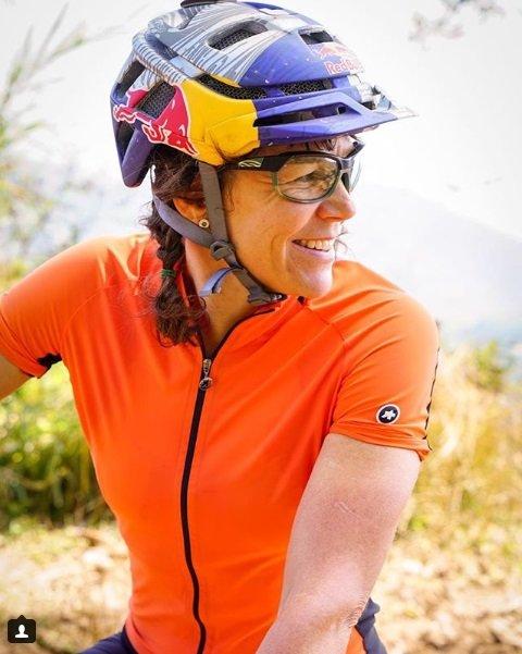 rebecca rusch mulheres no mountain bike